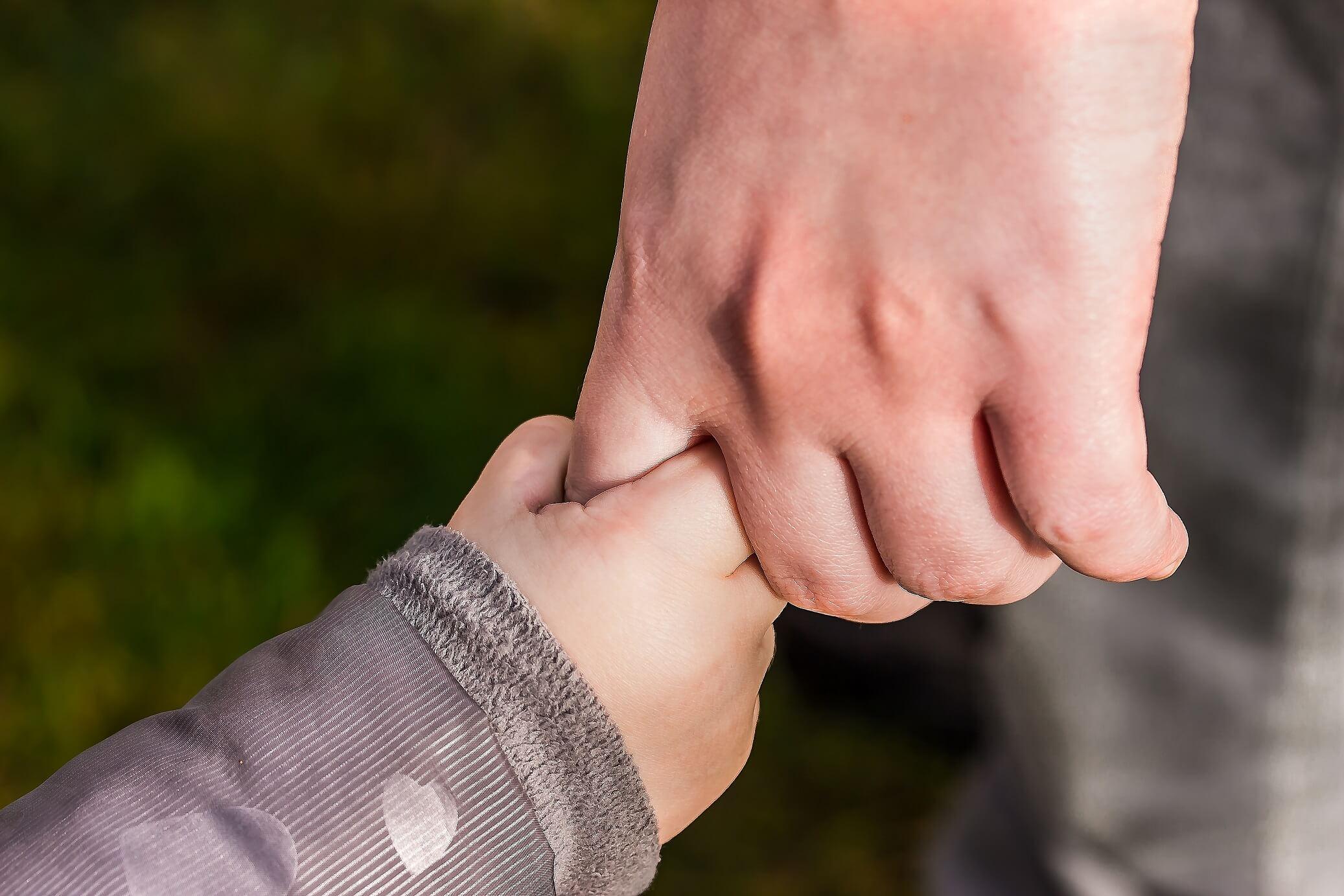 Kontakty z dzieckiem a koronawirus